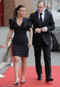 Руни встретил свою жену, Колин Руни (в девичестве — Маклафлин), когда они оба были в последнем классе средней школы.
