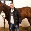Руни купил скаковую лошадь